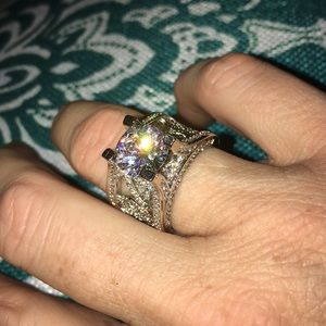 Gorgeous Statement Ring size 7